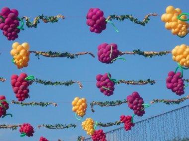 Grapes decoration