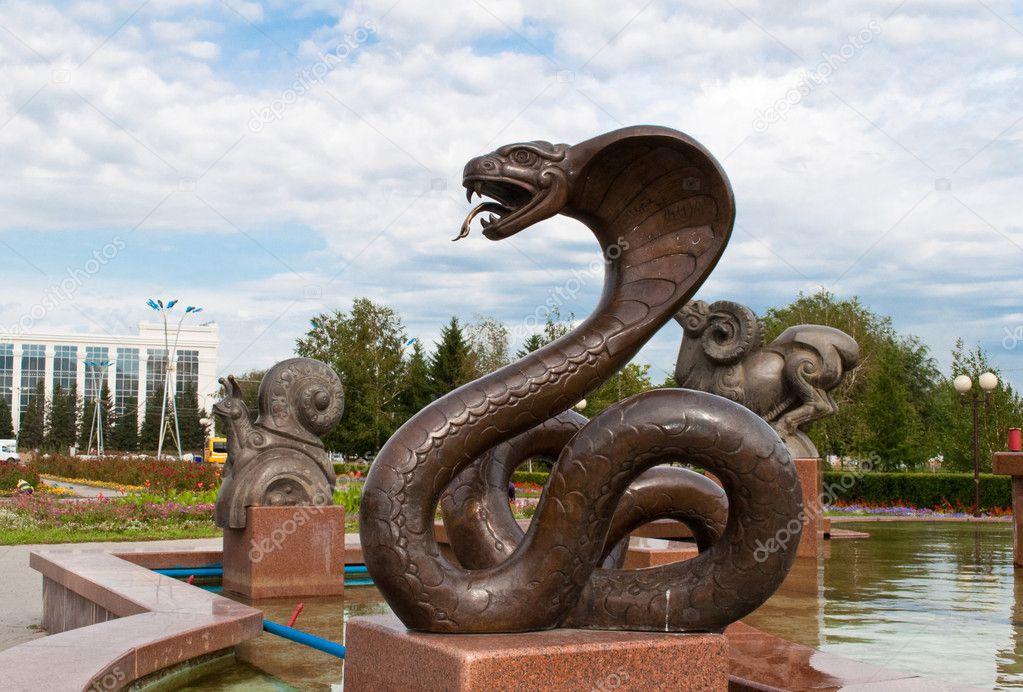 Sculpture snake