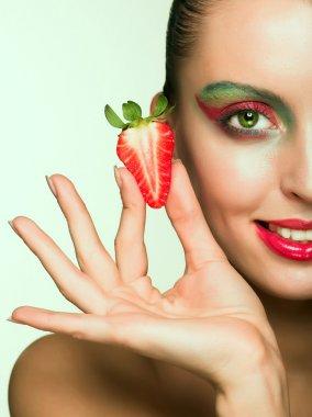 Beautyfull girl with strawberry
