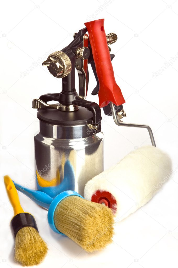 Spray gun And brush