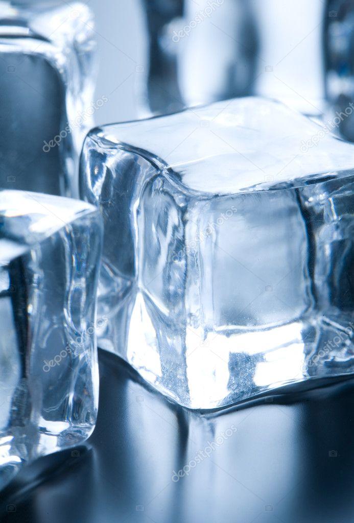 Close up on ice cube