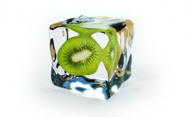 Kiwi in ice cubes