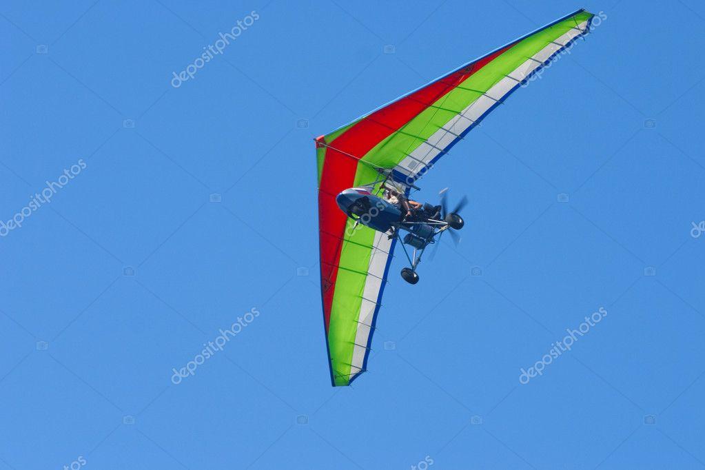 Soaring hang-glider