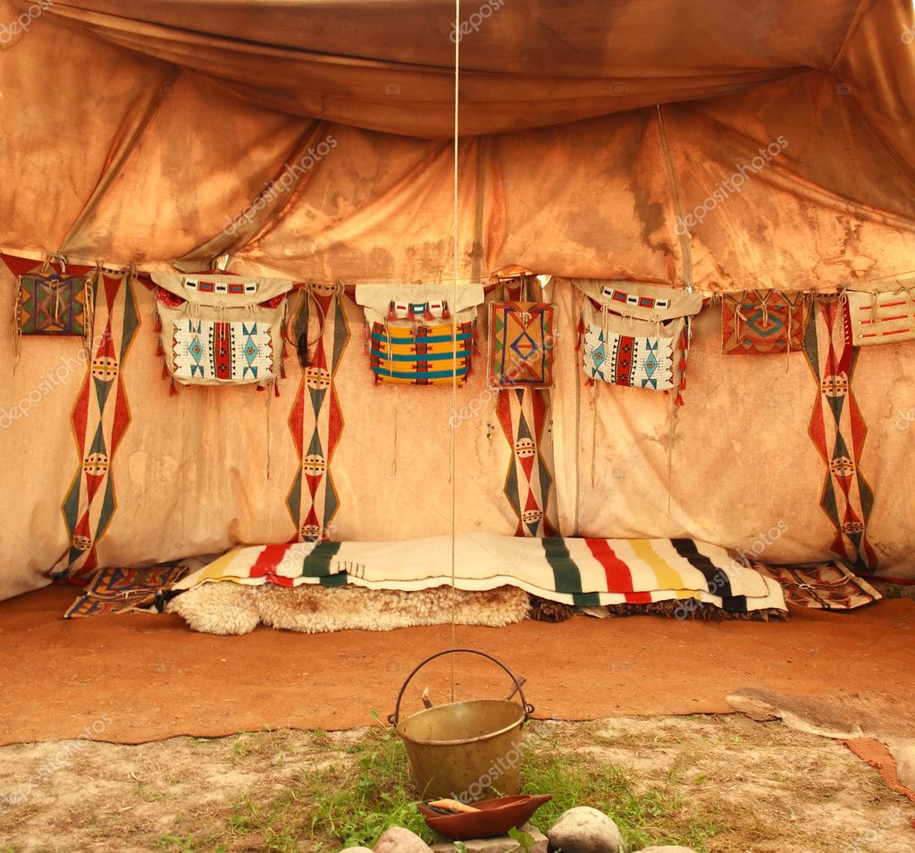 interieur van de indiase tent stockfoto