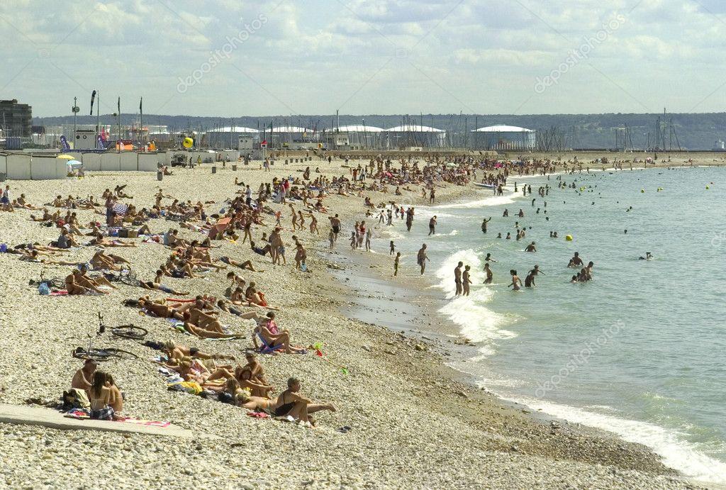 Crowd beach
