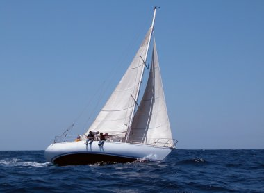 Sailing with strong wind
