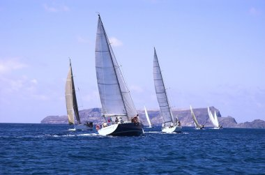 Sailing in Good Wind