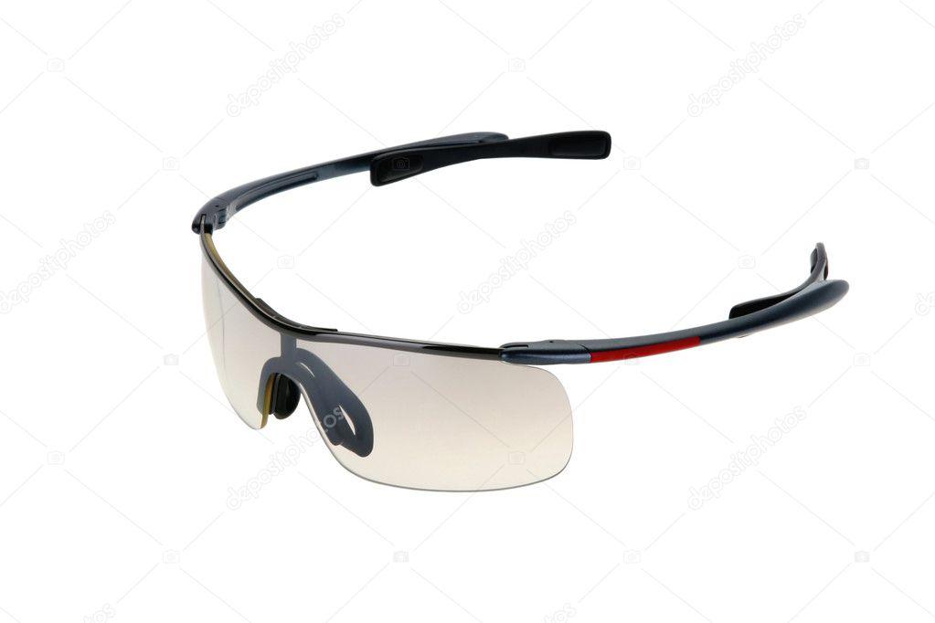 c43ae7c54c Αθλητικά γυαλιά ηλίου που απομονώνονται σε λευκό φόντο — Εικόνα από ...