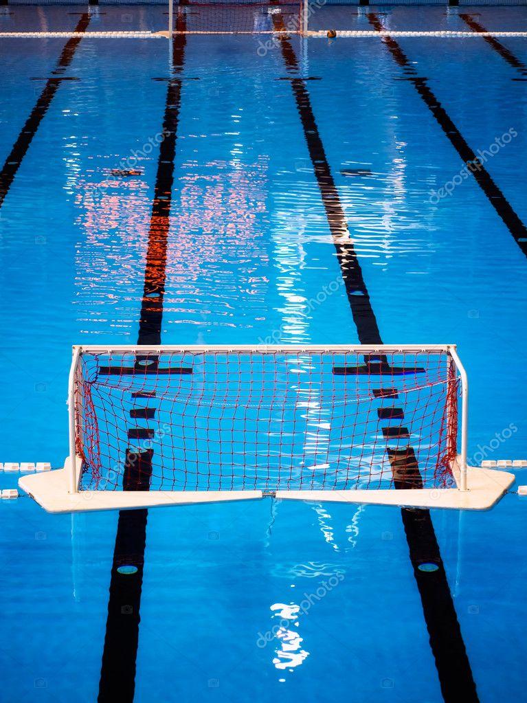 waterpolo piscina foto de stock sbotas 2430620
