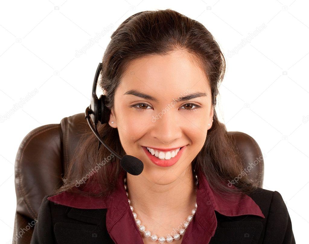 21e12d29cb9 Auricular desgastando da mulher sorridente linda– imagens de bancos de  imagens