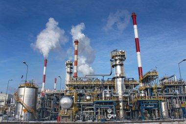 Oil refinery plant