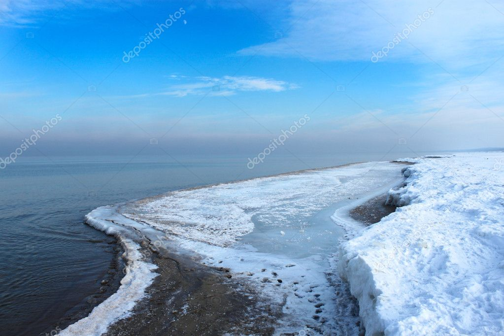 Sea beach in the winter