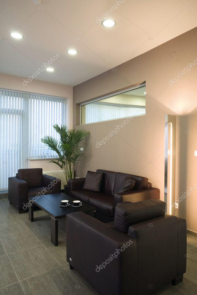 schöne und moderne Office-Interieur — Stockfoto © Angel_Vasilev77 ...