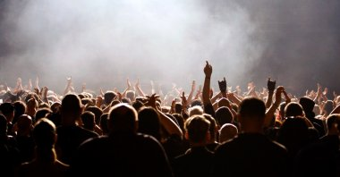 Encore - Concert or party crowd
