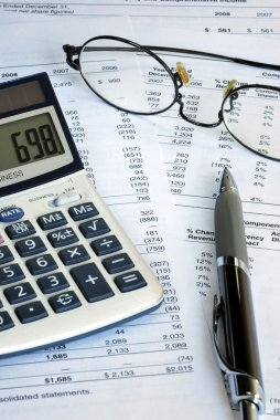 Reviewing the financial report