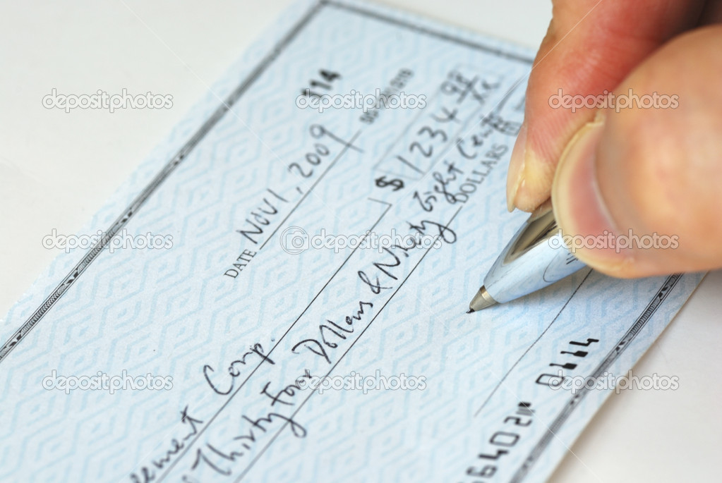 Pay essay writer