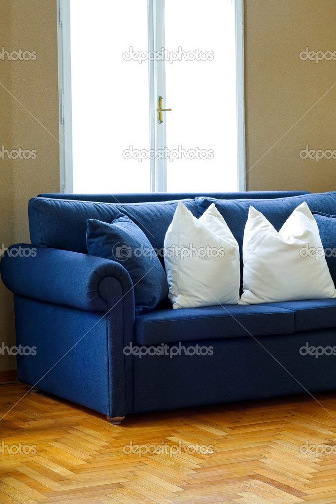 2 Hoek 2 Bank.Blue Sofa Hoek 2 Stockfoto C Baloncici 2173973