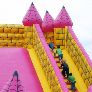 Bumper castle