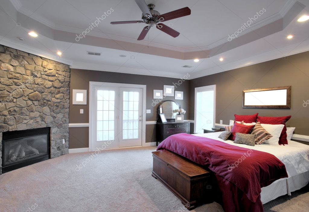 grote slaapkamer interieur — Stockfoto © cardmaverick #2628146