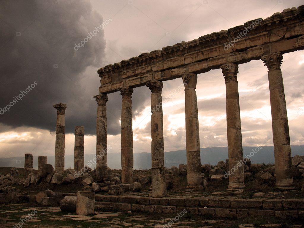 Apamea before a rain