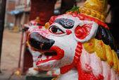 bunte antike Skulptur von Nepal