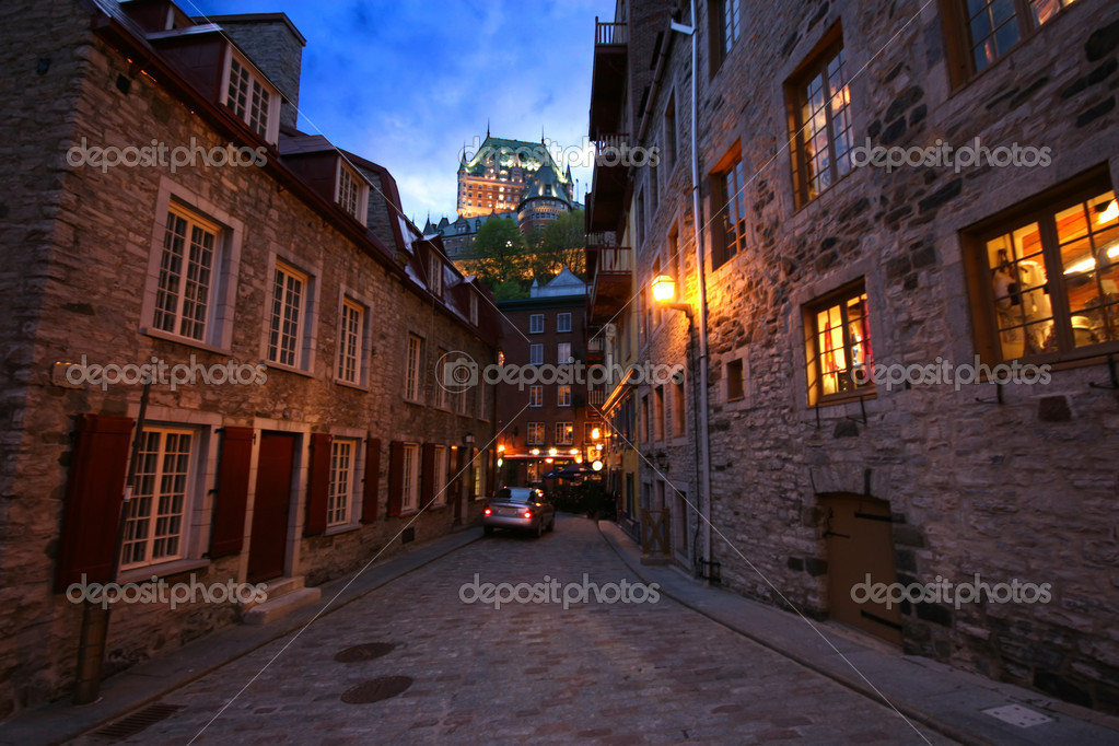 Cobbleston Street Scene in Quebec City
