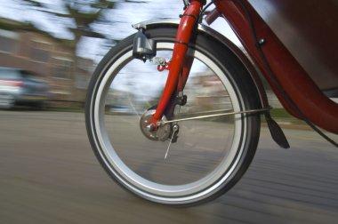 Spinning bicycle wheel