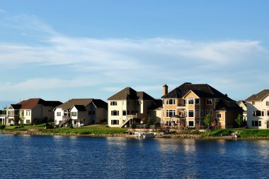 Suburban Executive Homes on Lake
