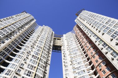 Residential building with twin tower