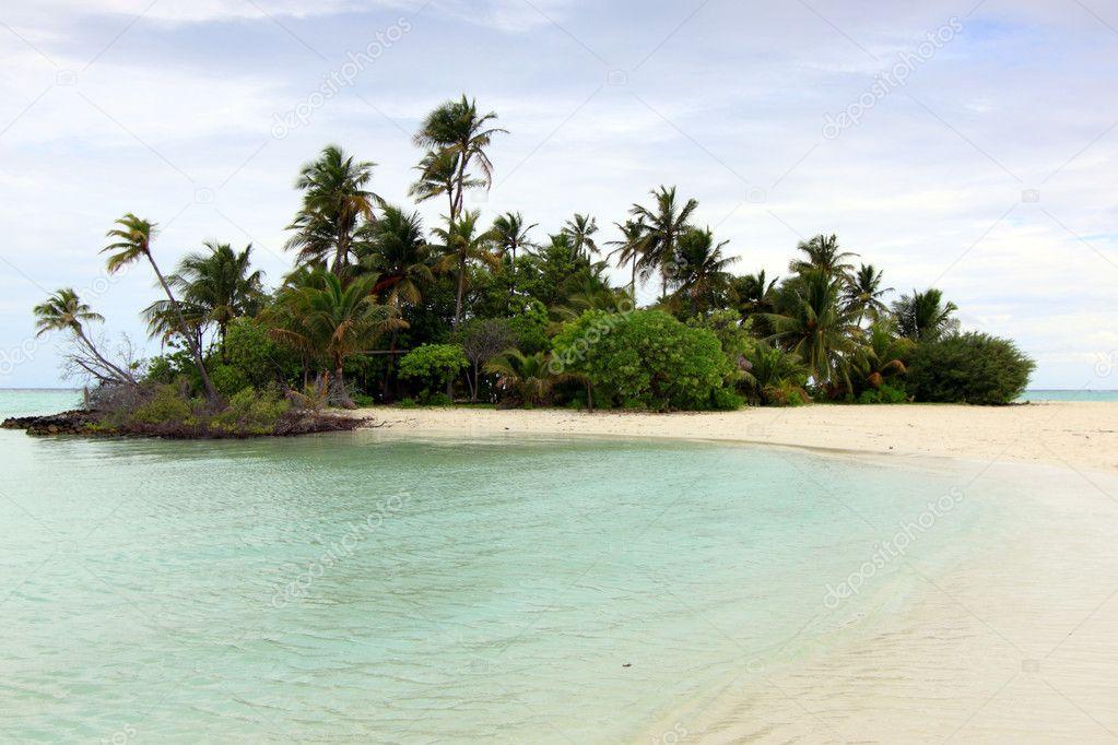 Lone paradise island