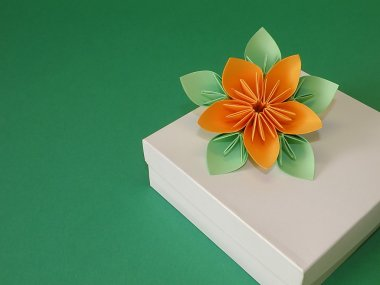 Gift box and origami flower