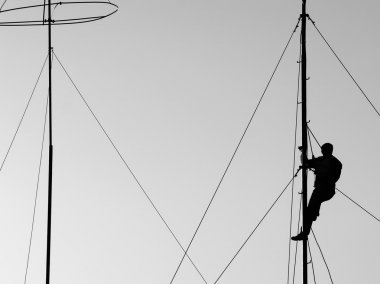Climbing the antenna