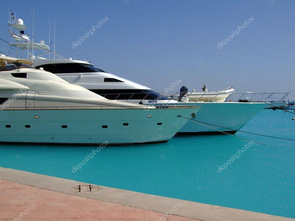 Yacht di lusso 04