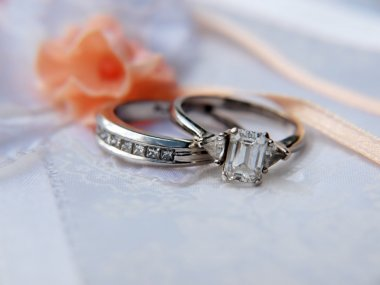 Platinum wedding ring 5