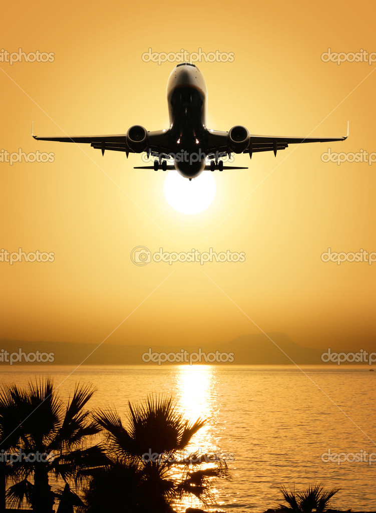 Beautiful sea view and plane