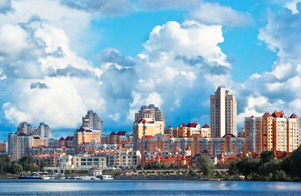 Paysage de la ville photographie amuzica 2446200 for Paysage de ville