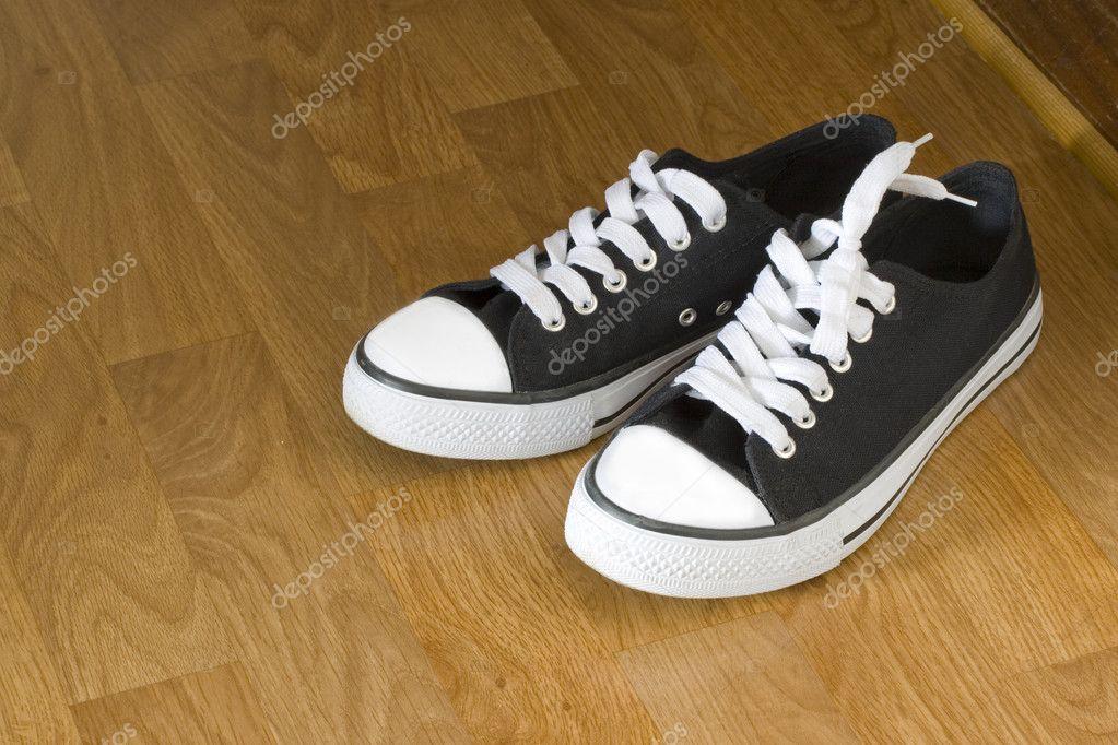 Класичний кросівки — Стокове фото — Спорт © feferoni  2442373 cc7b99e1b02af
