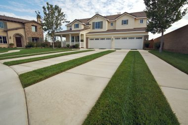 Modern Home Facade and Driveway