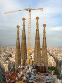 stavba chrámu sagrada familia, barcelona