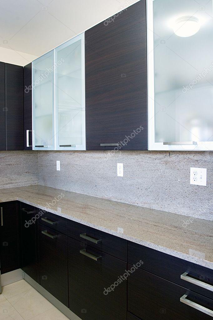 mobili da cucina contemporanee moderne — Foto Stock © djarvik #2423873