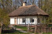 vecchia casa di argilla