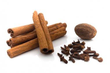 Nutmeg, cinnamon and cloves