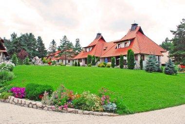 Cottage village - lawn