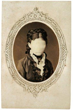 Photo pour Portrait vintage de femme à la fin du XIXe siècle sur fond. Vous pouvez utiliser le cadre ou ajouter votre visage . - image libre de droit