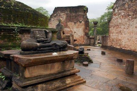 ruines du temple de vatadage à polonnaruwa