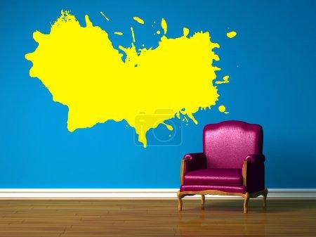 Foto de Silla púrpura azul interior minimalista - Imagen libre de derechos