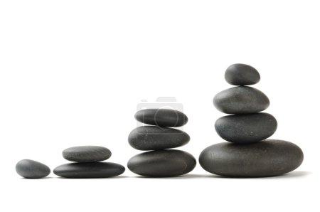 Photo pour Pierres zen sur fond blanc - image libre de droit