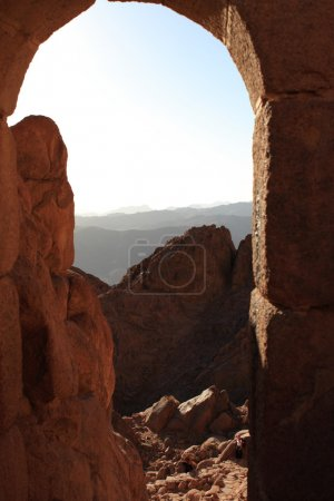 Excursion on the Sinai Mount