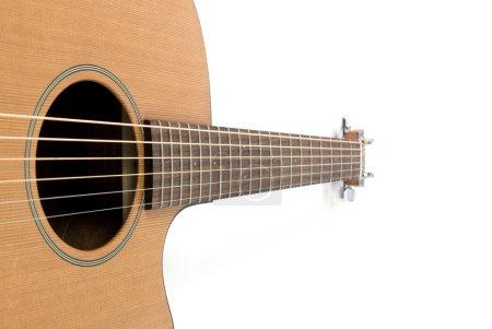Photo pour Guitare classique sur fond blanc - image libre de droit