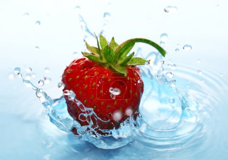 The Strawberries in drop.